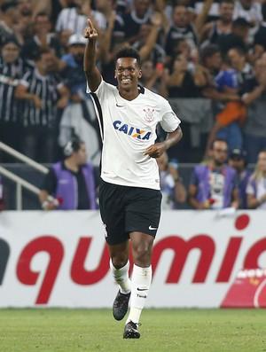 Jô comemora o maior xG do brasileiro 2017.